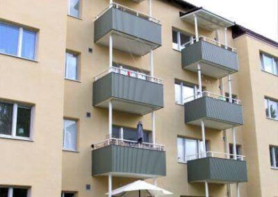 Fasadrenovering klar- Balkonger efter renoveringen